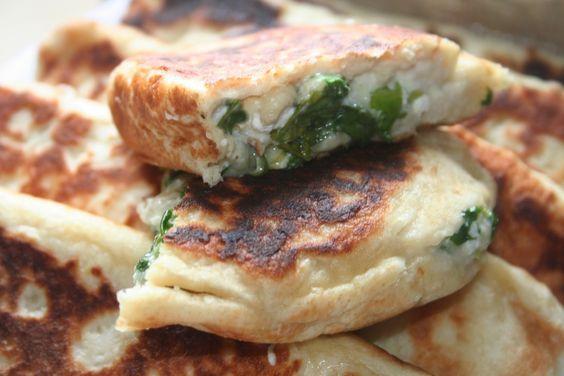 גוזלמה גבינות ותרד | תבשילים וחלומות - מרגישים בבית