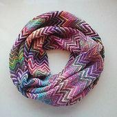 http://www.ravelry.com/projects/zozzy/zickzack-scarf-3