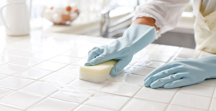 Dish Soap and Grout.  Use dish soap or toothpaste to brighten up the grout lines between tiles. Just drizzle on a sponge, an old toothbrush or wet cloth and scrub.