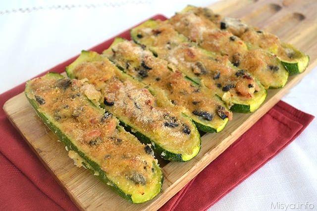 Zucchine ripiene di tonno, scopri la ricetta: http://www.misya.info/2015/08/26/zucchine-ripiene-di-tonno.htm