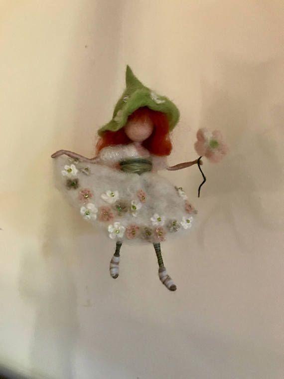 Hadas de fieltro de aguja Waldorf inspirado hada de la flor