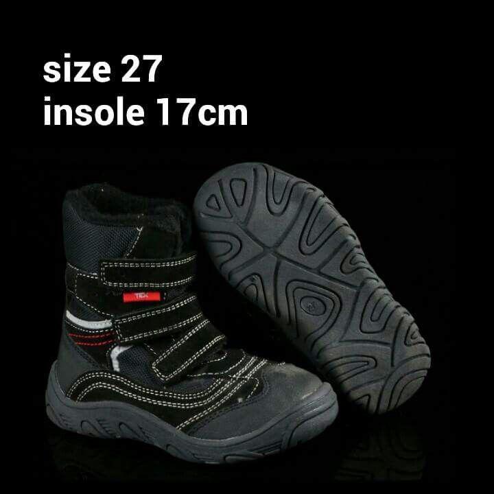 READY STOCK KIDS LEATHER BOOTS KODE : TITAN BLACK Size 27 PRICE : Rp.205.000,- AVAILABLE SIZE : - Size 27 (insole 17cm)  Sesuai utk panjang telapak kaki 15,5cm :)  Material : Full Genuine Leather (Kulit Asli),Sol karet lentur. Ringan dan nyaman sesuai utk anak-anak.  FOR ORDER : SMS/Whatsapp 087777111986 PIN BB : 26e6d360 / 766a6420 LINE : mayorishop FB : Mayorishop  #pusatsepatubootsanak #readystock #sisaekspor #originaleuropebrand #kidsshoes #exportquality #germanboots #genuineleather…