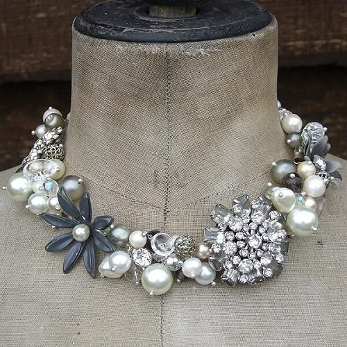 Odds and ends of vintage jewelry pieces