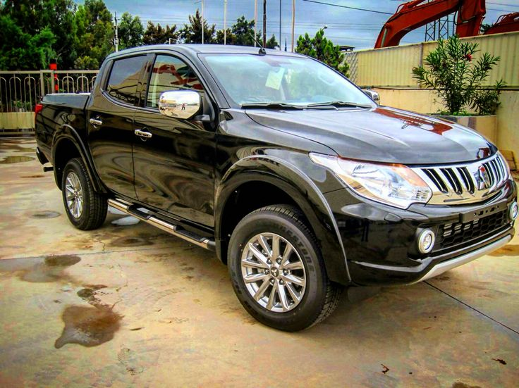 #4x4accessories1 #side #steps #new #mitsubishi #l200 #triton #2016 #double #cab #fancy #style #just #launched #nolimits #pure #beauty @4x4accessories. Check all its range of accessories at #http://www.accessories-4x4.com/ProductSearch.php?Manufacturer=19&Model=107