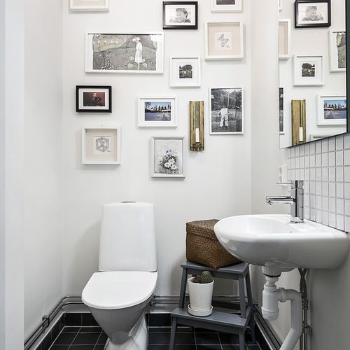 Gallery and storage Mid-Sized Scandinavian Bath Design Ideas, Pictures, Remodel & Decor