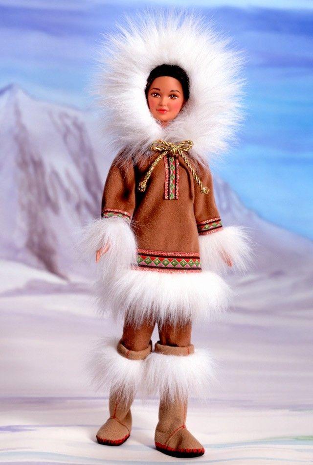 """Dolls of the World - Collector Limited Edition - Arctic Barbie doll 1996. Коллекционная кукла Арктическая Барби или Барби Эскимос 1996 года из серии """"Куклы Мира"""". Коллекционная ограниченная серия"""