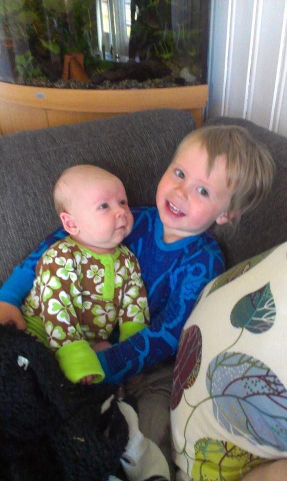 Søsken kjærlighet, Sibling love