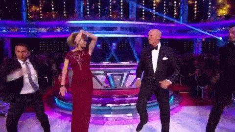 Actu : OMG! Mâle Strictly Come Dancing étoiles dans la plus grande guerre willy