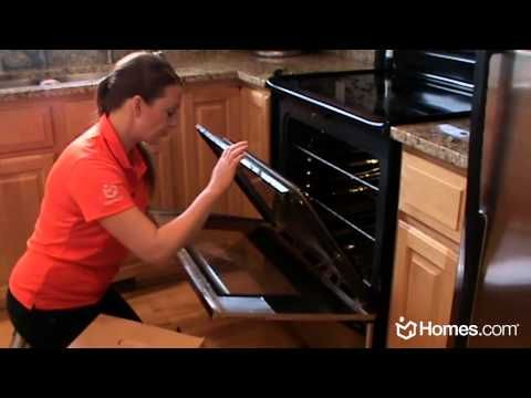 Homes.com DIY Experts: How-To Clean the Inside of Oven Glass Doors {Video}