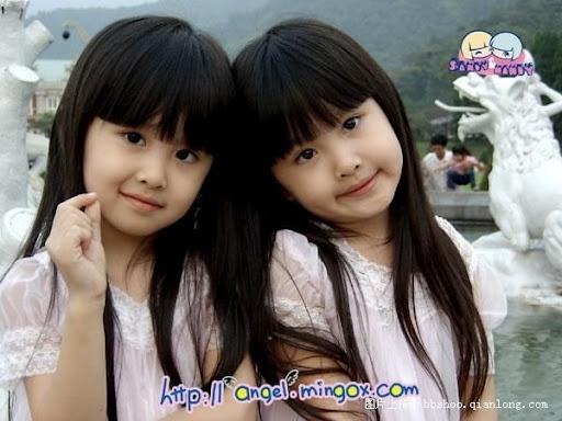 Sandy & Mandy, Twobaby Taiwan.
