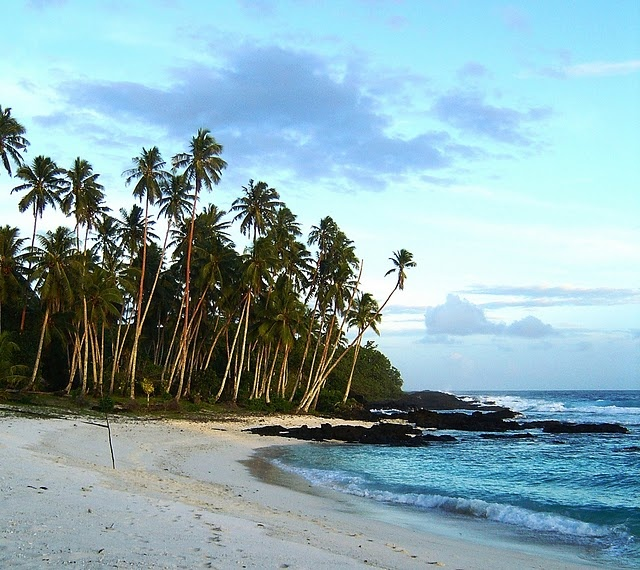 Samoan Islands..where my family is from. BEAUTIFUL: Fa A Samoa, Favorite Places, Samoan Islands Where, Eat Pray Love Destinations, Mission Trips, My Family, Jrr Tolkien, Aulelei Samoa
