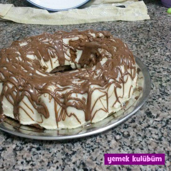 TARİF : İrmikli Bisküvili Pasta kolay pratik irmikli bisküvili pasta tarifi…