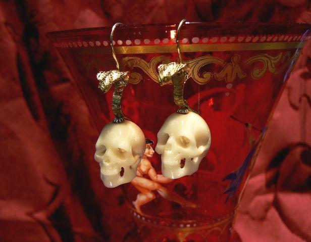 The naja-indiana skull earrings - gold 18 kt corozo (ivory vegetables) unique piece Dogale jewellery Venezia Italia