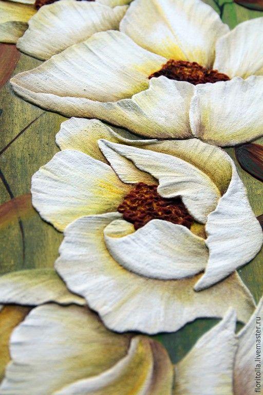 """Объемная фреска """"Белые цветы"""" (деталь). Автор - Флоритолла"""