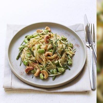 Udon au Pesto, légumes verts et noix de cajou