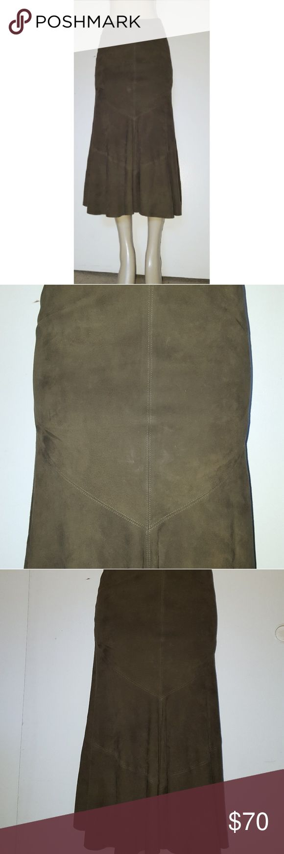 Dana Buchman suede skirt Beautiful skirt, soft suede, fully linned, fitted on the hips. Great used condition, color olive green. Dana Buchman Skirts Maxi