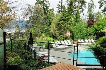 Brentwood Bay Resort & Spa- Brentwood Bay BC/Vancouver Island Wedding Venue/Vancouver Island Weddings/Honeymoon Resort