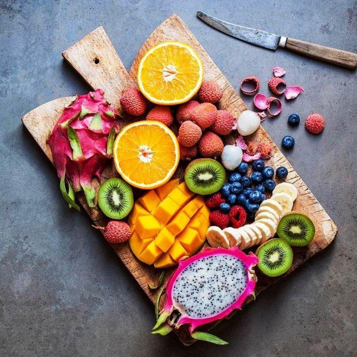 Μία από τις πιο εύκολες και ξεκούραστες δίαιτες της θερινής περιόδου.    Πρόκειται για μια εύκολη και πολύ αποτελεσματική δίαιτα, που δεν σας αφήνει να πεινάτε και έχει θεαματικά αποτελέσματα σε πολύ σύντομα χρονικό διάστημα. Εύκολα, γρήγορα