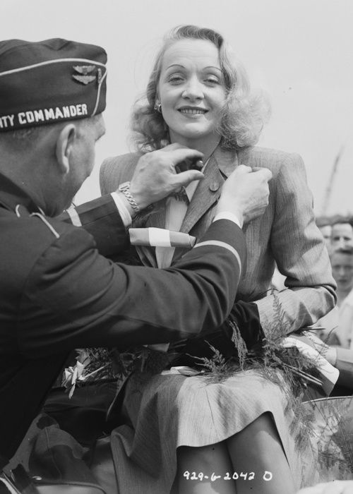 Marlene Dietrich, selling war bonds in Davenport. June 1942. World War II