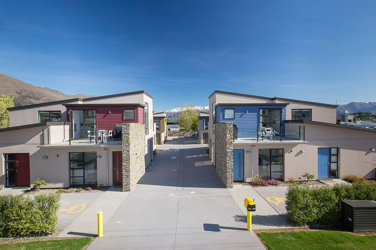 Great to see the sun out, gorgeous blue skies and some summer weather on the cards... can't help but stop and look at things we see everyday when it's like this. Awesome shot of our stunning Apartments on Upton Wanaka Photography - Simon Darby :)