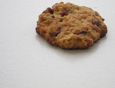 Lounging at the Waldorf: Almond-Cranberry Quinoa Cookies