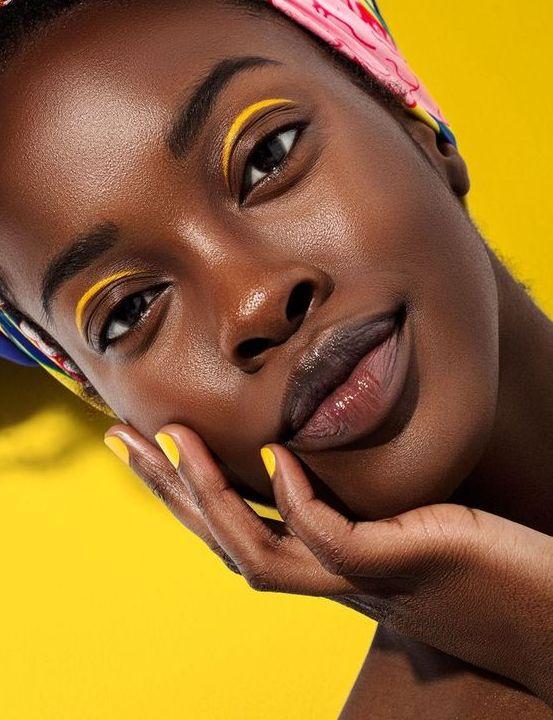 LUCY'S Magazine Vol. 35 - make up room studio Dark Skin Makeup, Dark Skin Beauty, Black Girl Makeup, Girls Makeup, Dark Skin Models, Photographie Portrait Inspiration, Photo Portrait, Black Girl Aesthetic, Aesthetic Makeup