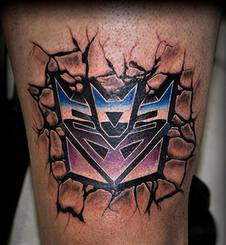 NERD PORN!    This almost looks like metal - TrueArtist Serink Pavia inked this killer torn skin transformers tattoo, what do you think? http://www.trueartists.com/