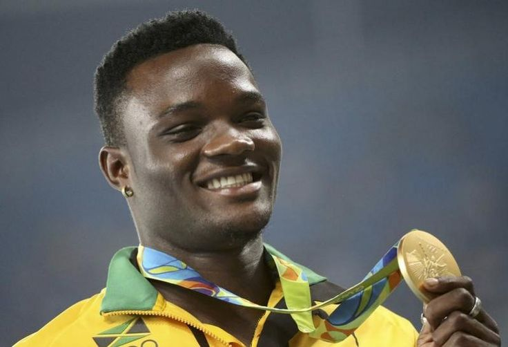 SHANGHAI Olympic 110 meters hurdles champion Omar McLeod has decided to put his transition to a seven-step start on hold for this season, the Jamaican said on Friday.