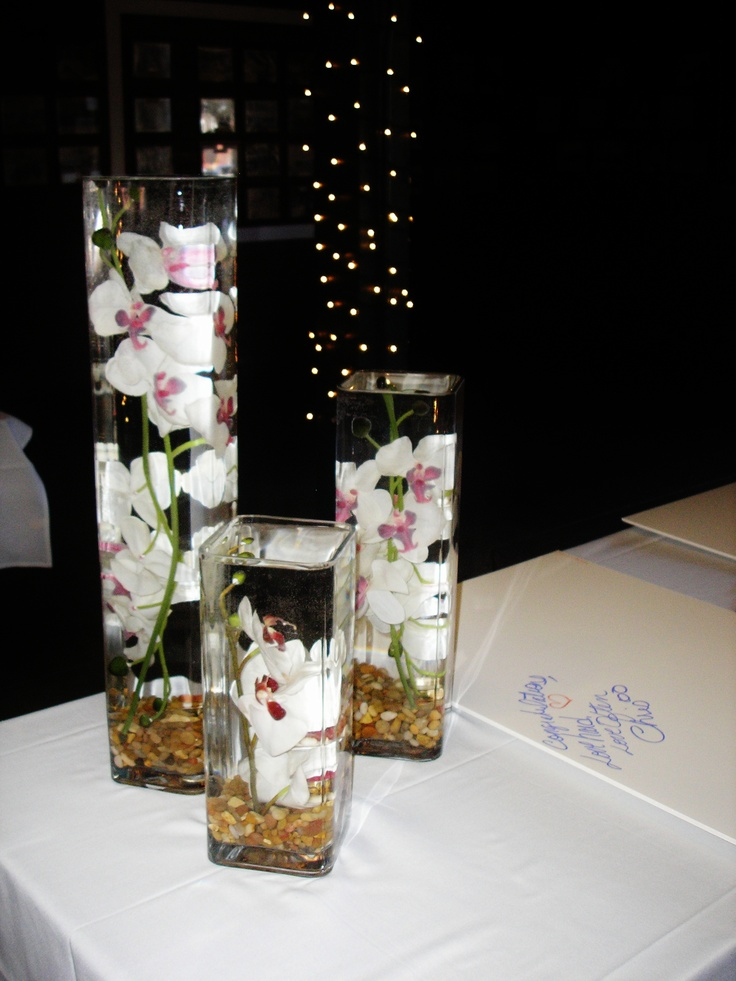 wedding centerpieces fake flowers%0A Floating Flowers at your signin table