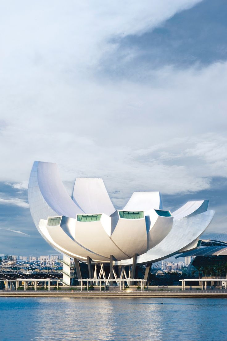 Safdie Architects - Project - The ArtScience Museum at Marina Bay Sands