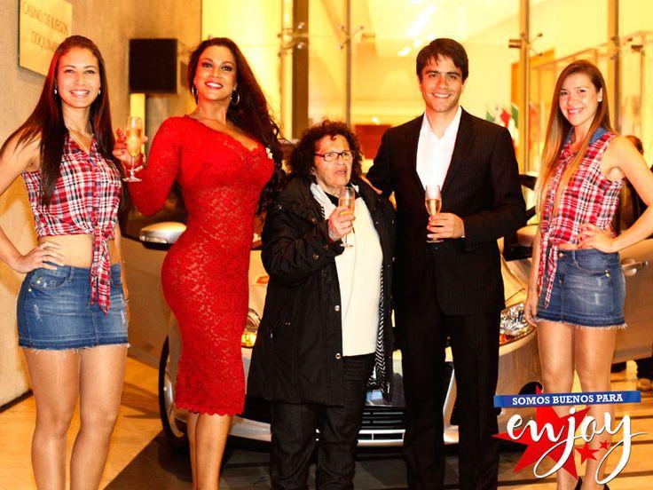 Lili Flores se llevó a casa un Ford Focus en Enjoy Coquimbo gracias a La Ruta de la Fortuna.