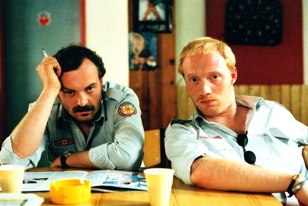 """Josef Hader und Simon Schwarz als Rettungssanitäter in """"Komm, süßer Tod"""", Ö 2000, Wolfgang Murnberger #movie #work #film #arbeit"""