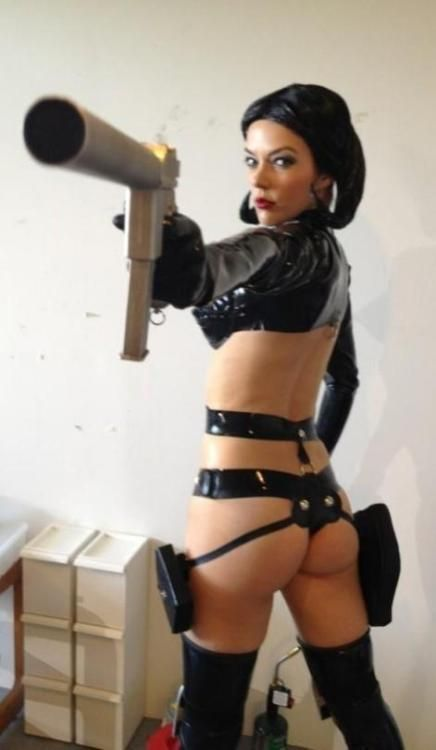 Rogue Telemetry - adrianne curry cosplaying aeon flux