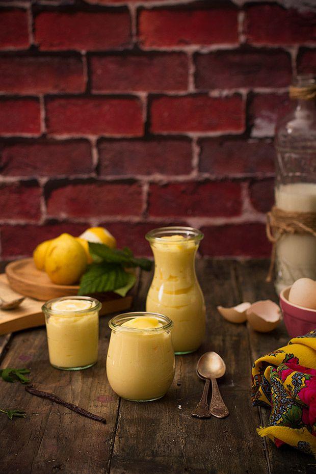 Las 5 claves para hacer crema pastelera perfecta. Aprende los trucos para lograr una crema sublime, sin soprpresas.