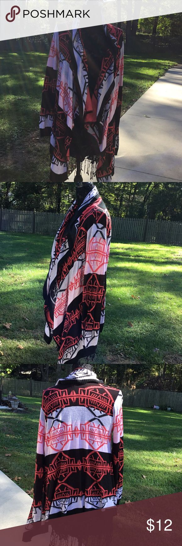 Say What ? Women's Aztec Tribal Print Cardigan Say What? Women's Aztec Tribal Print Size 3 X Open Front Cardigan in Excellent Condition Say What? Sweaters Cardigans