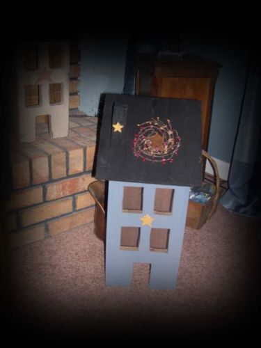 Lg-Wood-Country-Blue-Saltbox-House-Star-Electric-Light-On-Off-Switch-Pip-Berry