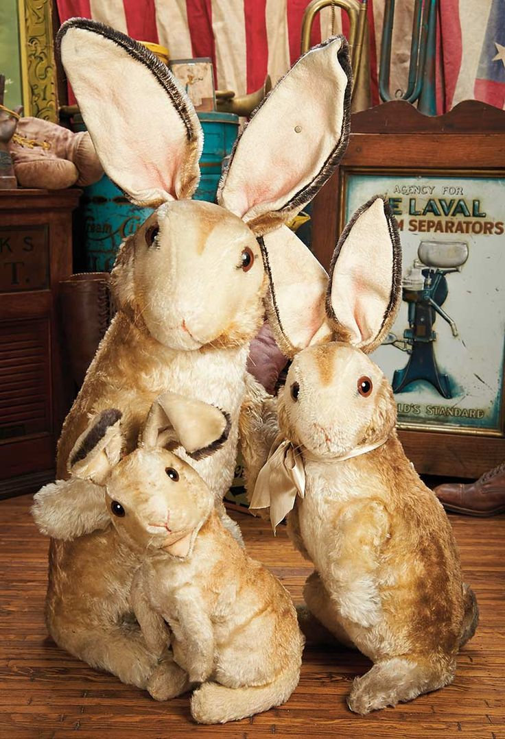 Claasic vintage toys vintage toys second shout out http www - View Catalog Item Theriault S Antique Doll Auctions Lot A Family Of Three German Mohair Bunnies By Steiff