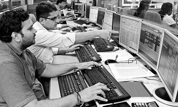 Capitalstars| MARKETS LIVE: Sensex flat, Nifty tests 10,350 on negative global cues:- 31 Oct, 2017:The benchmark indices were trading flat on Tuesday tracking sluggish trend seen in Asian markets after Wall Street pulled back from record-high territory overnight.