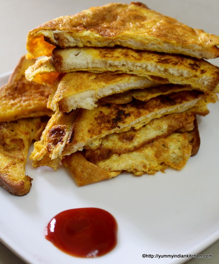 Bread omelette recipe is a simple recipe with egg omelette mixture and bread slices and this is similar to a sandwich recipe with omelet stuffed between the bread.