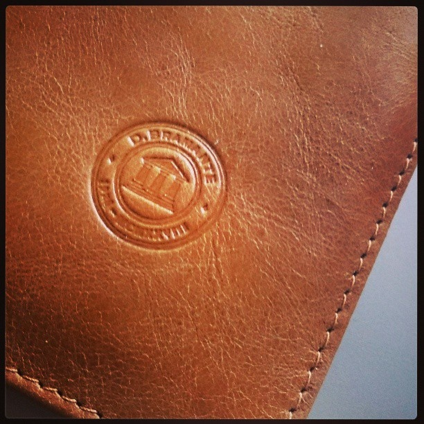 Golden tan notebook envelope by @mikkelmv on Instagram.