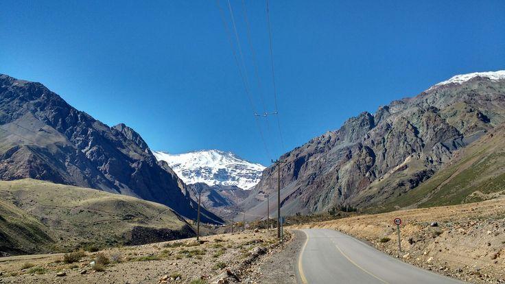 Camino a Baños Colina, Cajón del Maipo, Santiago, Chile