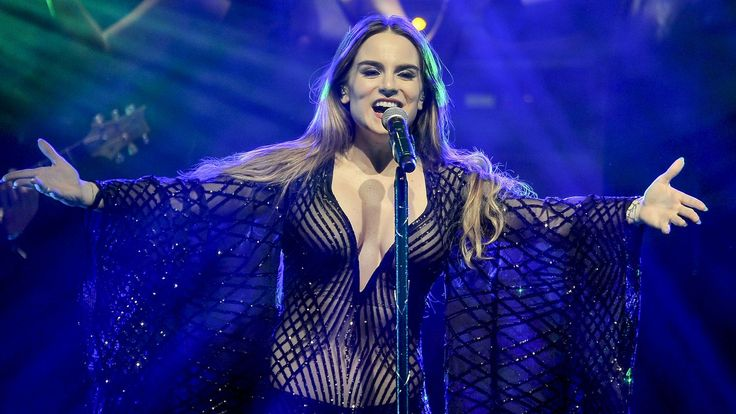 awesome Music News - JoJo Wishes She Was 'Wonder Woman' On Her Steamy New Song