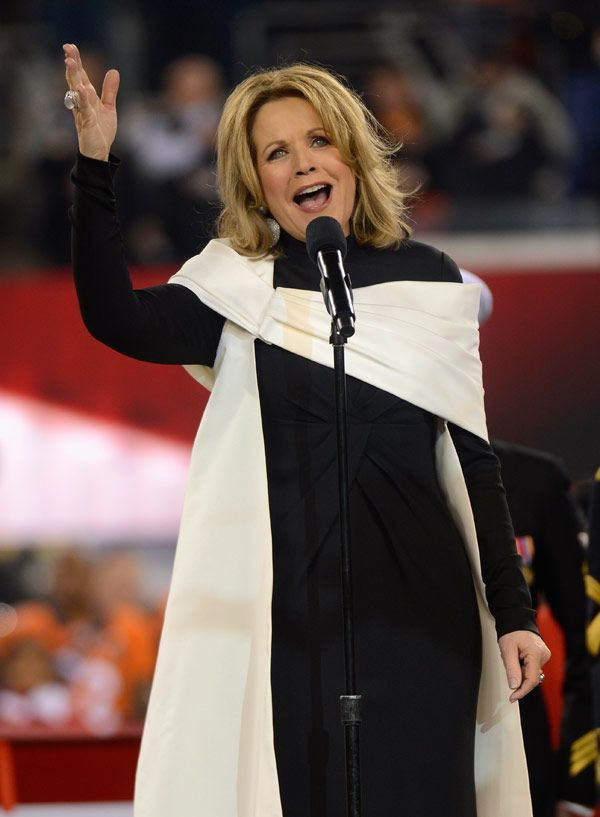 Renee Fleming Belts Out The National Anthem At The Super Bowl %u2014�Watch