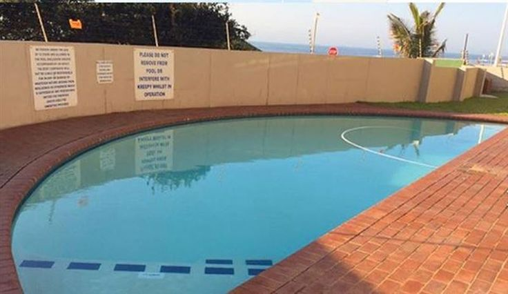16 isikhulu Apartment - Isikhulu is a secure complex located within walking distance of the main swimming beach, natural tidal pools, a promenade and restaurants. Each of the 3 bedrooms are fully air-conditioned and the unit ... #weekendgetaways #durban #dolphincoast #southafrica