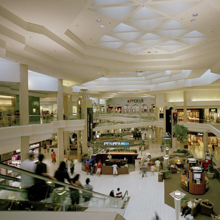 Days Until I Can Be Reunited With My First Love Woodfield - First shopping center in usa