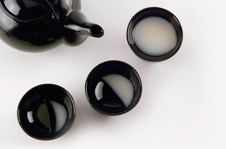 Είναι εύκολο να φτιάξεις το ρόφημά σου να μοιάζει με τις φάσεις της σελήνης χάρη στην κούπα που έφτιαξε το Κορεάτικο studio Tale. Τα κεραμικά Moon Glasses είναι έτσι φτιαγμένα ώστε να μιμούνται τον…