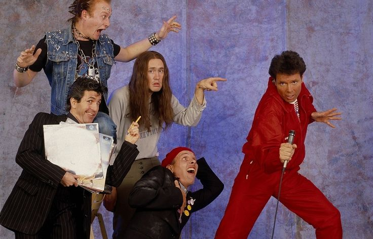 Picture Gallery | Comic Relief The Young Ones and Cliff Richard 1986