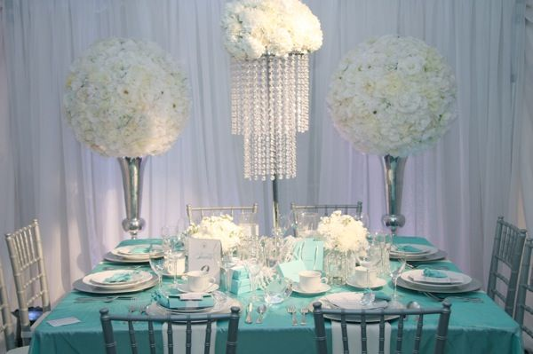 Tiffany Blue Table Setting Massive Vases And Chandeliers