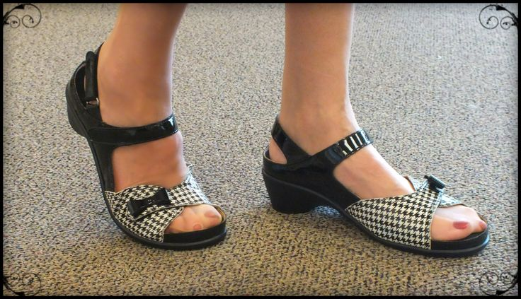 Diane in Porto-fino. These shoes accommodated her orthotics perfectly. Thanks, Diane!