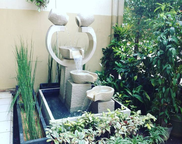 Model Taman Kolam Minimalis Beserta Air Mancur
